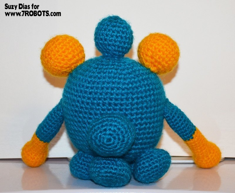 crochet-3-eyed-monster-3