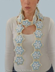 Crochet Cookie Scarf by Suzy Dias. Design by Twinkie Chan.