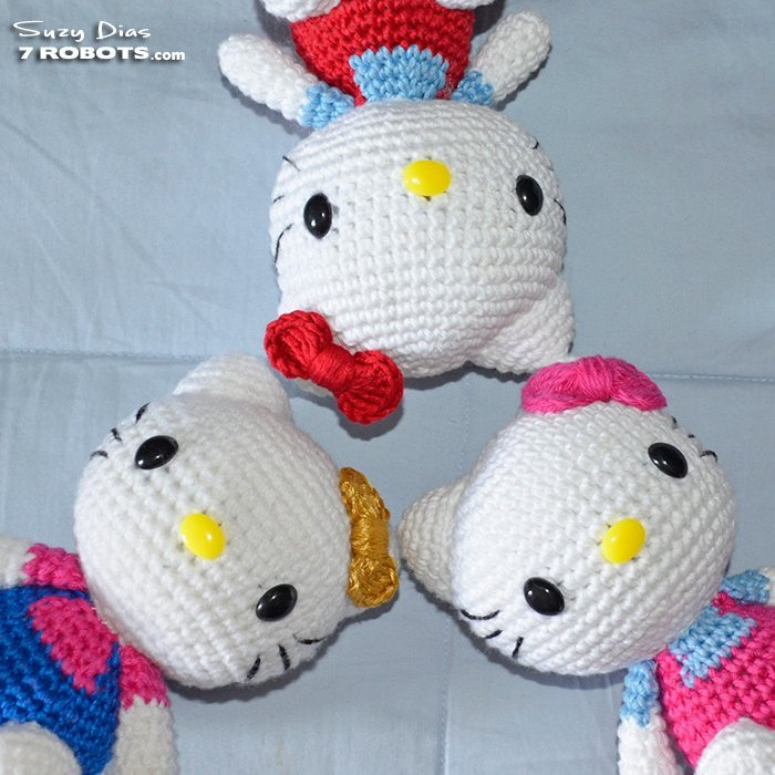 Crochet Hello Kitty Dress & Amigurumi - Free Pattern - DIY 4 EVER | 700x700